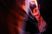 ANTELOPE CANYON, A SLOT CANYON WITH ERODED SANDSTONE PATTERNS, NAVAJO TRIBAL PARK, ARIZONA, USA