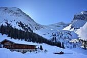 Alpine hut Grieralm in front of Griererkarspitze, Zillertal, Zillertal Alps, Tyrol, Austria