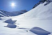 Back-country skier ascending to Griererkar, Griererkarspitze in background, Grieralm, Zillertal, Zillertal Alps, Tyrol, Austria