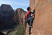 Alex Honnold free soloing Moonlight Buttress IV 5.13a in Zion National Park, UT. He is the first and only person to climb the route in this style.
