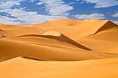Sanddunes in the libyan desert, Sahara, Libya, North Africa