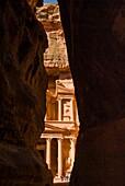 The end of the Siq gorge, The Treasury, El Khazaneh, Petra, UNESCO World Heritage Site, Jordan, Middle East,.