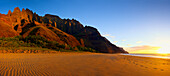 Hawaii, Kauai, Napali Kalalau Beach At Sunset With View Of Dramatic Beach.