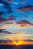 'Colourful sunset at Keawekapu Beach; Kihei, Maui, Hawaii, United States of America'