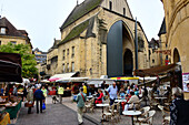 Market in the old town of Sarlat-la-Caneda, Perigord, Dordogne, Aquitaine, West-France, France