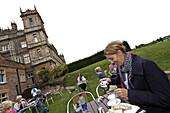Tee im Highclere Castle, Downton Abbey, Newbury, West Berkshire, England, Großbritannien