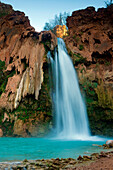 Havasu Falls, USA, Amerika, Vereinigte Staaten, Arizona, Grand Canyon Nationalpark, Tal, Fluss, Wasserfall, Felsen, Tuffstein