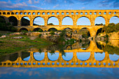 Pont du Gard, France, Europe, Languedoc_Roussillon, river, flow, bridge, aqueduct, Roman site, place, reflection, morning light
