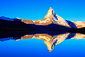Alps, Alpine panorama, view, mountains, mountain panorama, mountain lake, peak, cliff, rock, mountains, summit, peak, autumn, scenery, Matterhorn, Mattertal, morning, nature, silence, Switzerland, Swiss Alps, Swiss, landmark, lake, sunrise, reflection, st