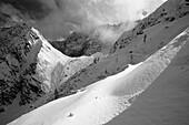 Blick vom Westlichen Lamsenjoch auf Lamsenjochhütte (1953 m), Karwendel, Tirol, Österreich