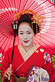 Asia, Japan, Honshu, Kyoto, Gion, Female, Woman, Women, Japanese Woman, Japanese Women, Asian Woman, Asian Women, Maiko, Maikos, Geisha, Geishas, Apprentice Geisha, Kimono, Traditional Costume, Traditional Dress, Portrait, Tourism, Travel, Holiday, Vacati