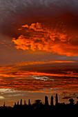 Spektakulärer Abendhimmel bei Malaga, Andalusien, Spanien, Europa