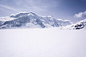The vast glacial plain of Konkordiaplatz or Concordia, in the background the summit of the Aletschhorn, Great Aletsch Glacier, Bernese Alps, canton of Valais, Switzerland