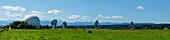 Kornkreis an der Erdefunkstelle in Raisting/Paehl am Ammersee, Sommer 2014, Oberbayern, Deutschland