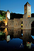 Europe, France, Lot, Cahors, Valentré bridge.