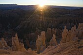Sunrise pinnacles and hoodoos at Inspiration Point, Bryce Canyon National Pak, Utah, United States of America, North America