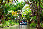 Zodiac dinghy excursion from expedition cruise ship MS Hanseatic (Hapag-Lloyd Cruises) through lush jungle, Kopar, East Sepik Province, Papua New Guinea, South Pacific