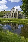 Valle Crucis, ruined Cistercian abbey, in Llantysilio, near Llangollen, Denbighshire, Wales, United Kingdom, Europe