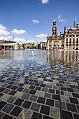City Park Fountains and City Hall, Bradford, West Yorkshire, Yorkshire, England, United Kingdom, Europe