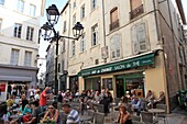 Street cafe in old city, Avignon, Vaucluse, Provence, France, Europe