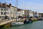 Harbour and quayside, Saint Martin de Re, Ile de Re, Charente-Maritime, France, Europe