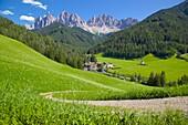 Val di Funes, Bolzano Province, Trentino-Alto Adige/South Tyrol, Italian Dolomites, Italy, Europe