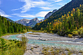 autumn colors at river Rißbach with view to Laliderer Wände, Großer Ahornboden, Hinterriß, Engtal valley, Northern limestone alps, Karwendel Mountains, Tyrol, Austria, European Alps, Europe
