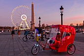 place de la concorde and the ferris wheel set up during the christmas holidays, 8th arrondissement, paris (75), ile-de-france, france