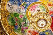 interieur de l'opera garnier, palais garnier, plafond peint par marc chagall en 1964, 9 eme arrondissement, (75), paris, ile-de-france, france