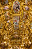 interieur de l'opera garnier, palais garnier, grand foyer peint par baudry, le plafond reprend les themes classiques des mythes grecs, en trente toiles, sur 500 metres carres, 9 eme arrondissement, (75), paris, ile-de-france, france