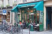 'France, Paris 4th district, The Marais, Café ''Au Petit Fer A Cheval'' (At the Little Horse shoe), street Vieille du Temple'