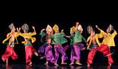 Muslim dancers, Villa Escudero, Luzon, Philippines, Asia