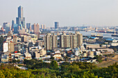 Hafen von Kaohsiung mit Hochhaus Tuntex 85 Sky Tower, Taiwan, Republik China, Asien