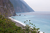 Cliff line on the east coast near Hualien, Taiwan, Republik China, Asia