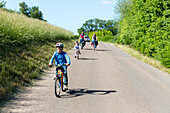 family bicycle tour along the river Elbe, adventure, from Torgau to Riesa, Saxony, Germany, Europe