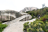 Hiking, sport climbing near Xiamen, rock climbing, young man, climbing area Nantaiwu, granite rock, Xiamen, Fujian, China, Asia