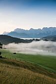 Lake Geroldsee, Wagenbruechsee, Kruen, near Garmisch-Partenkirchen, Upper Bavaria, Bavaria, Germany