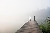 Sunrise at lake Geroldsee, Wagenbruechsee, Kruen, near Garmisch-Partenkirchen, Upper Bavaria, Bavaria, Germany