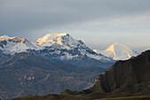 Purkung (6166 m), Mustang, Nepal, Himalaya, Asia