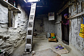 Entrance to a typical tibetan house in Nar, on the Nar Phu Trek, Nepal, Himalaya, Asia