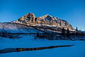 Dalton Highway in wintertime crossing Brooks Range, Yukon-Koyukuk Census Area, Alaska, USA