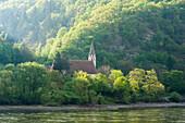 Kirche, Donau, St. Johann im Mauerthale, UNESCO Welterbestätte Die Kulturlandschaft Wachau, Niederösterreich, Österreich