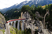 Landwasser viadukt, Albula, UNESCO World Heritage Site Rhaetian Railway in the Albula, Kanton Graubuenden, Switzerland