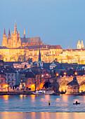 St. Vitus Cathedral and Charles Bridge, UNESCO World Heritage Site, Prague, Czech Republic, Europe