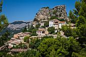 the village of la roque alric, vaucluse (84), paca, provence alpes cote d'azur, france