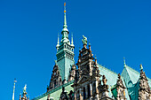 In the historical style of the neorenaissance built Hamburg city hall with the (112-m-high) tower, Hamburg, Germany