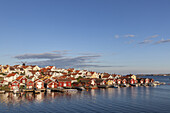 Swedish cottages by the North Sea in Fiskebäckskil, Island Skaftö, Bohuslän, Västergötland, Götaland, South Sweden, Sweden, Scandinavia, Northern Europe, Europe