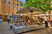 Paintings market, Aix-en-Provence, Bouches-du-Rhone, Provence-Alpes-Cote d'Azur, France