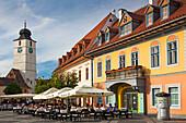 Romania, Transylvania, Sibiu, Piata Mare Square, outdoor cafe.