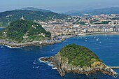 La Concha Bay viewed from the Monte Igeldo, San Sebastian, Bay of Biscay, province of Gipuzkoa, Basque Country, Spain, Europe.